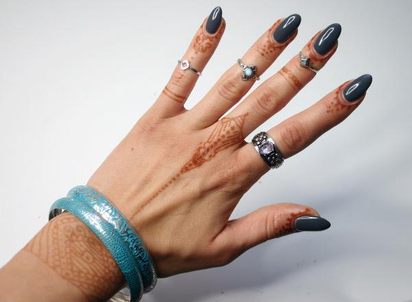 leichte henna muster top musiknoten tattoo with leichte. Black Bedroom Furniture Sets. Home Design Ideas