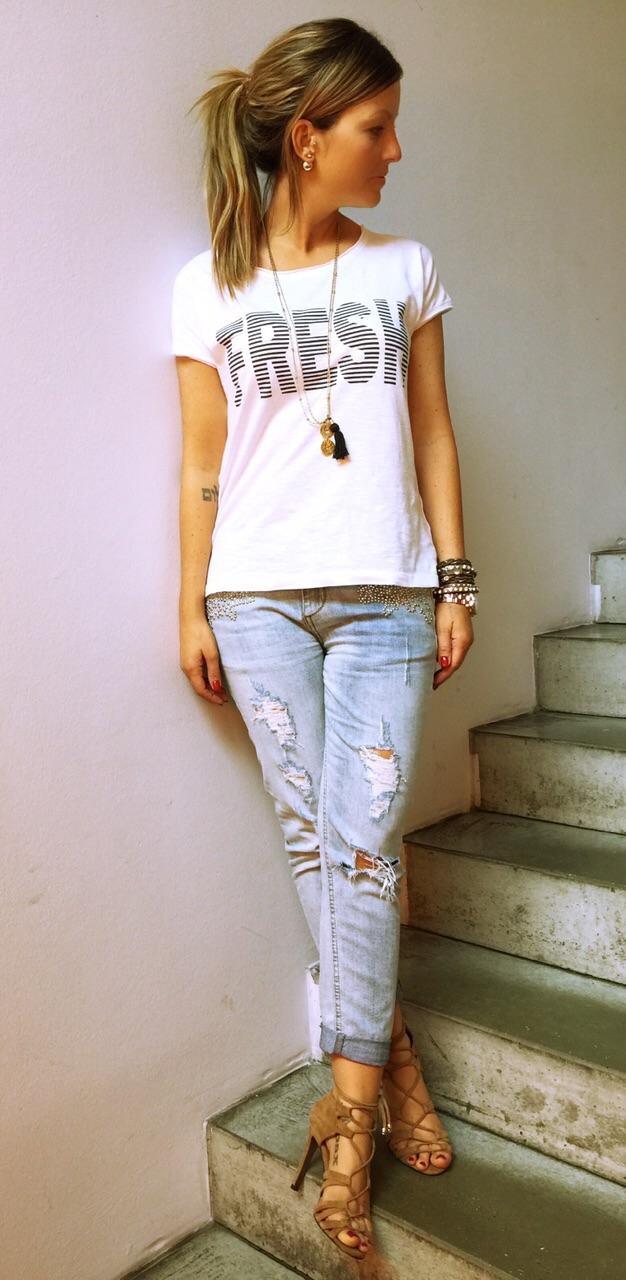 jeans shirt highheels der hallhuber gutschein fashionzone. Black Bedroom Furniture Sets. Home Design Ideas
