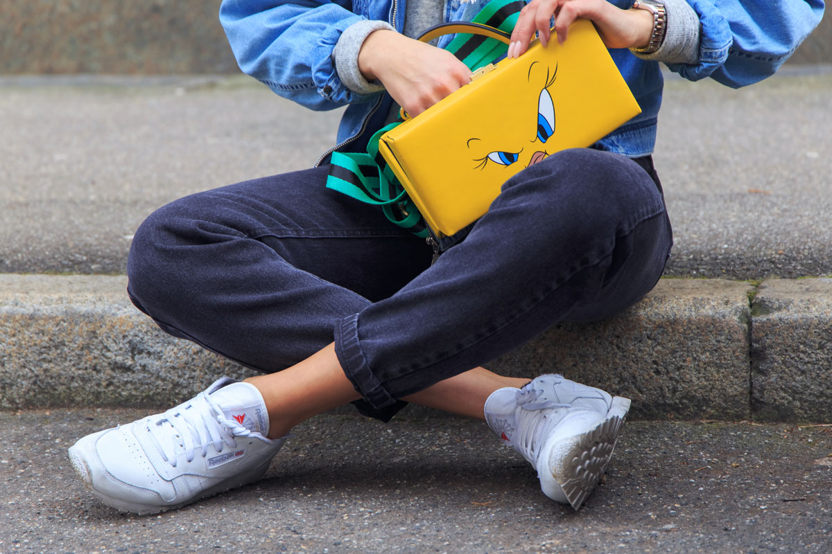 reeboks-outfit-reeboks-street-style-popart-purse-disney-purse-vintage-denim-jacket-outfit