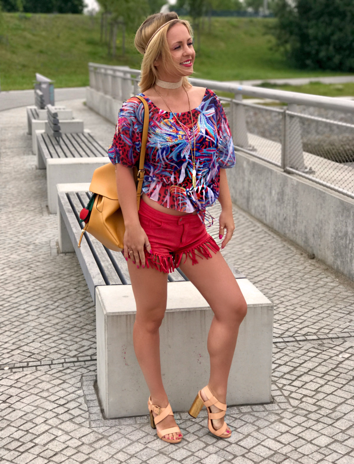 fransen-hose-hot-pants-fesitval-outfit-ibiza-outfit