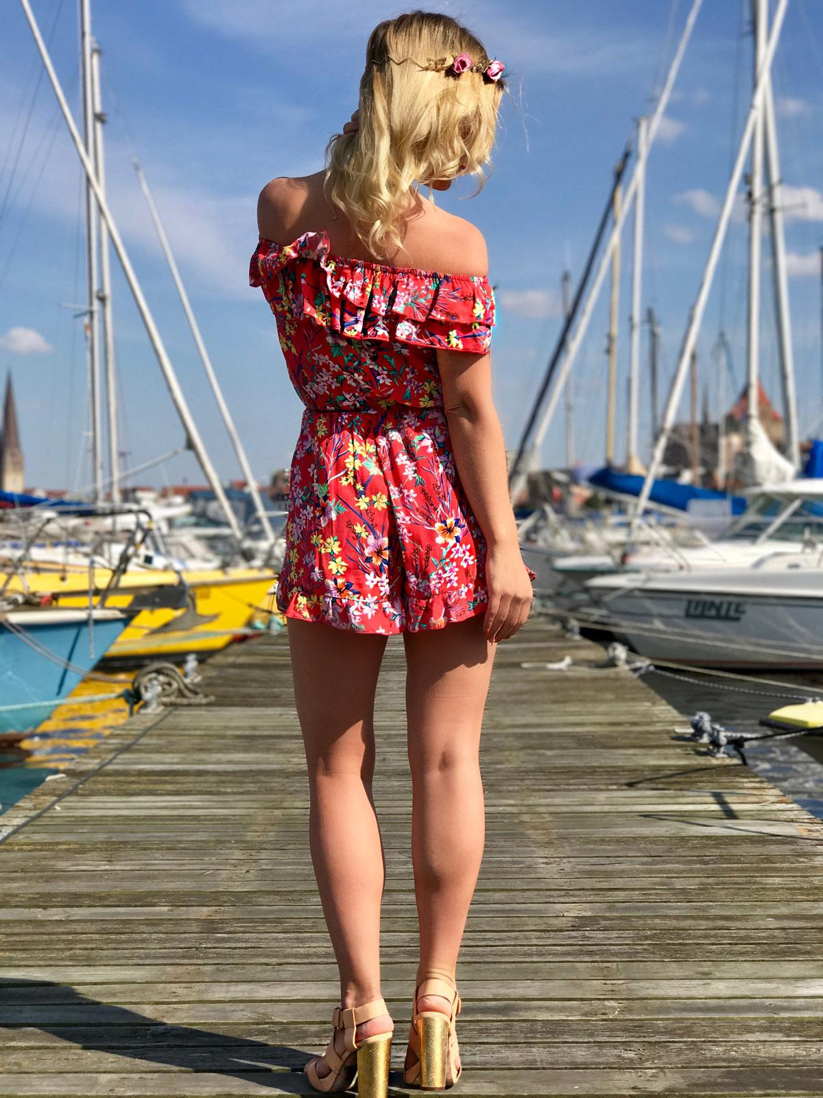 julia-porath-flower-overall-flower-jumpsuit-blumen-jumosuit