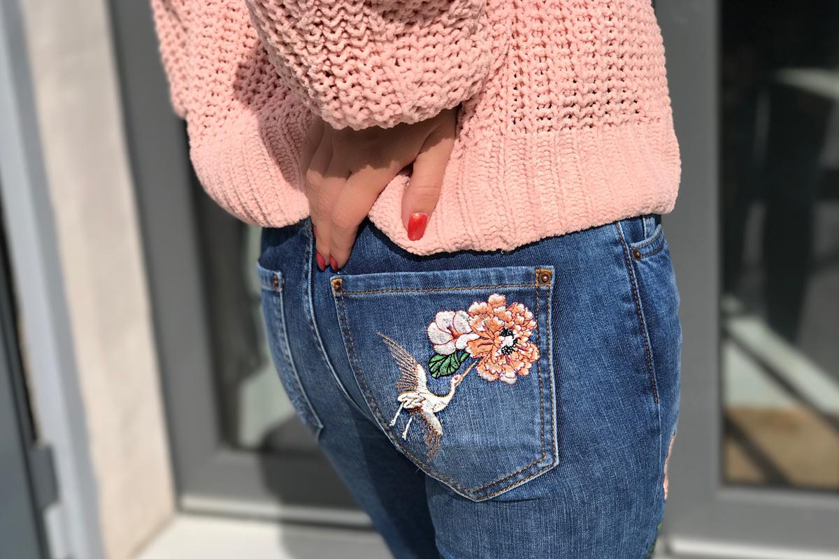 julia_pulli-pullover-jeans-heels_2