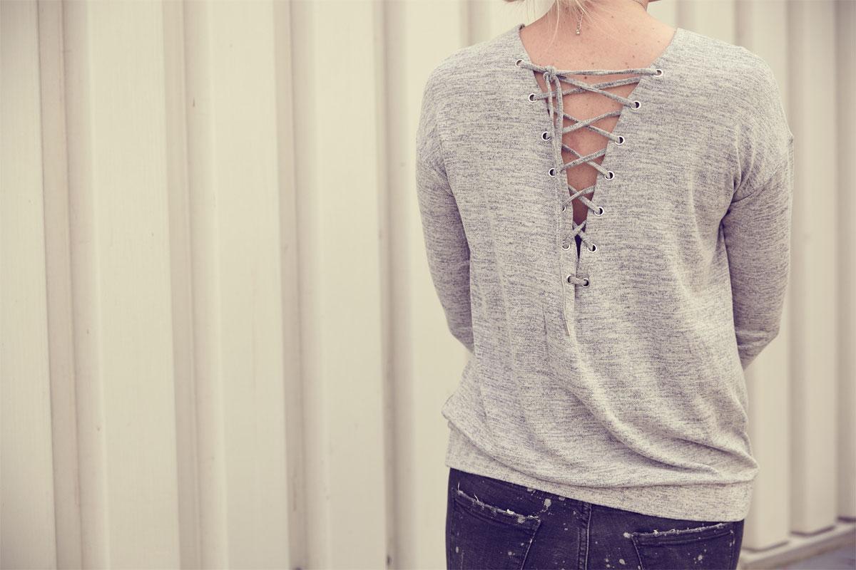 susanka_jeans-wedges-sonnenbrille-clutch_1