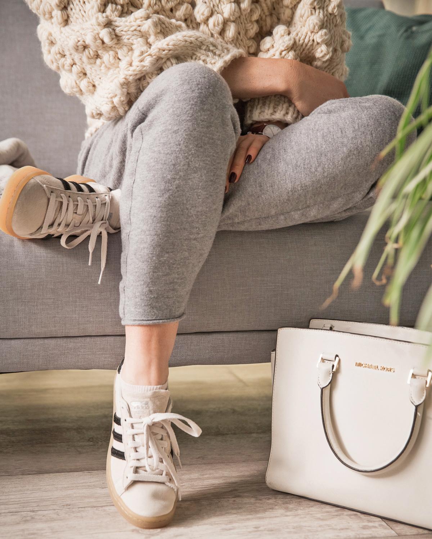 180121_Susanka_Style_Jogginghose_Sneaker_Tasche
